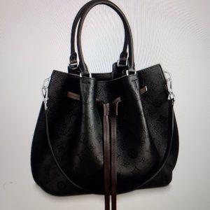 *SALE*LV Girolata Mahina Leather Shoulder Bag